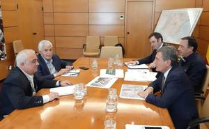 Fomento estudiará rebajar la altura de la estructura de cajón prevista para la llegada del AVE en Alcantarilla