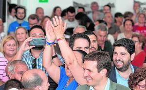 Juanolas para López Miras y la «regla para no equivocarse» de García Egea