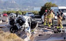 Tres de los heridos en uno de los accidentes de la A-30 continúan graves en la UCI