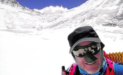 Garranzo parte hacia el Lhotse