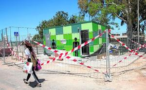 La modernización de la vía pública abarca 5.800 farolas y ensayos con aseos y toldos