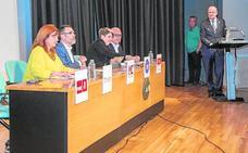 El debate de la oposición a Castejón confronta más proyectos que críticas