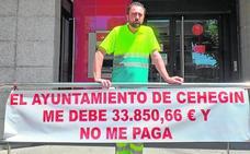 Una firma de limpieza denuncia que el Consistorio de Cehegín le debe 33.850 euros