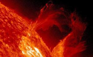 Alertan de una tormenta solar que podría llegar a la Tierra de forma inminente