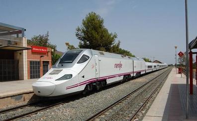 El segundo tren híbrido entre Madrid y la Región se pondrá en marcha el lunes