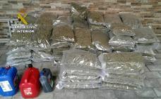 Interceptan un vehículo robado con 81 kilos de marihuana en Puerto Lumbreras