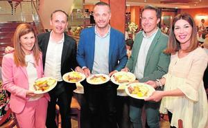 La 'cena con huevos' del PP congrega a 600 simpatizantes en Lorca