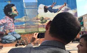 Santiago el Mayor acoge el nuevo gran grafiti de Murcia