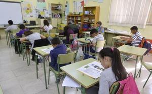 Más de 21.000 alumnos sin recursos tendrán beca, al margen del bono libro