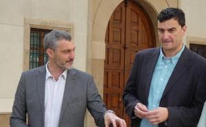 Urralburu pide votar a Podemos para que Albert Rivera no decida el futuro de la Región