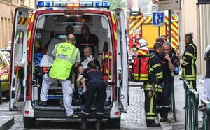 Un artefacto explosivo deja 13 heridos leves en Lyon
