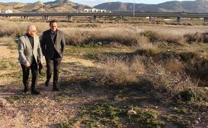 Cs: «Las promesas de PP y PSOE palidecen ante los atentados contra la salud y el medioambiente»