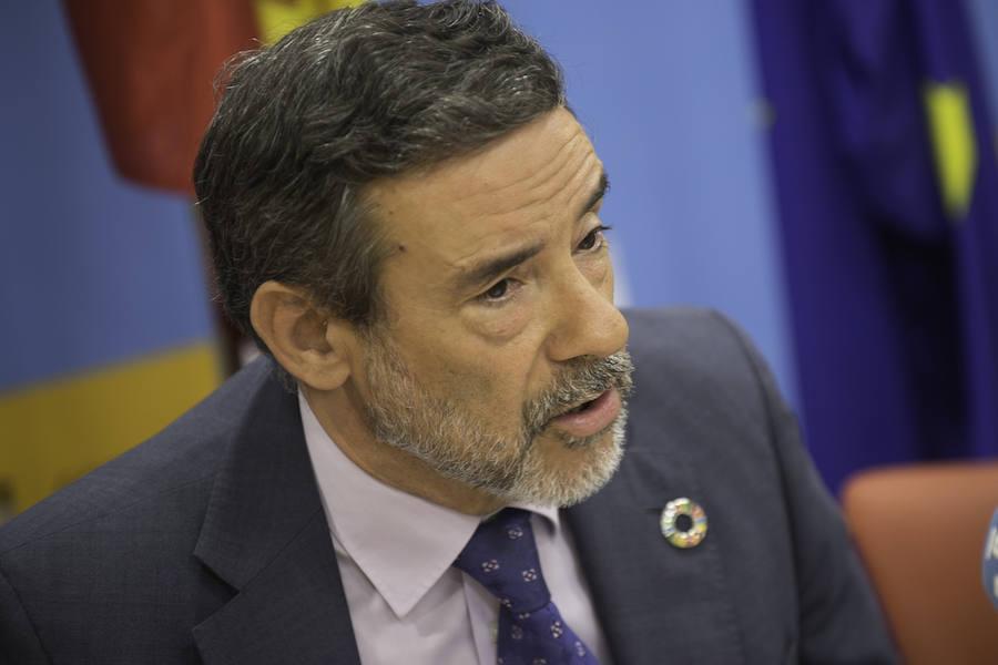 Jiménez anuncia la incorporación de 230 agentes de Guardia Civil y Policía Nacional en la Región