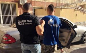 Piden 25 años de cárcel para el acusado de matar a la abuela de su exnovia para conseguir dinero tras varios días de fiesta