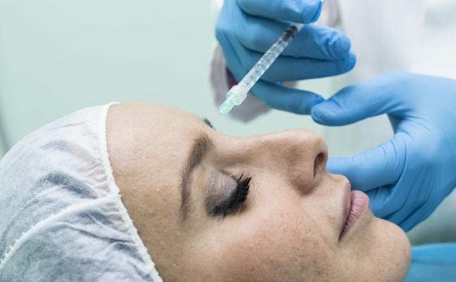 Clínica Díaz Caparrós aporta experiencia e innovación a la medicina estética