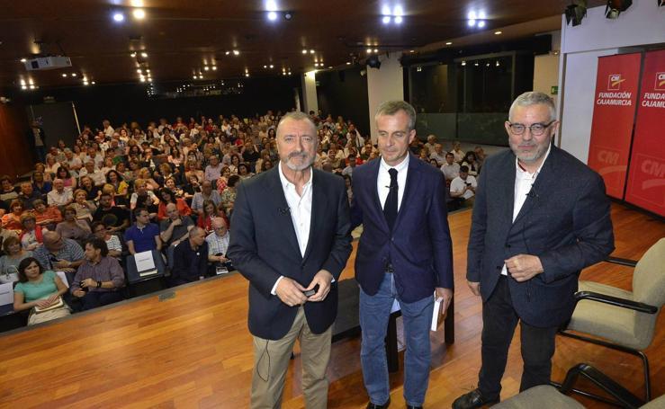Pérez-Reverte: «Un creador sin capacidad de jugar, se muere»