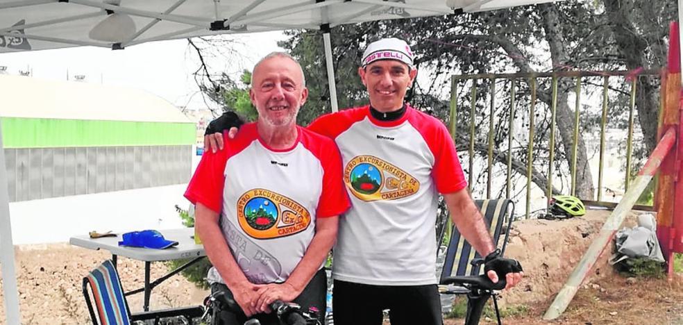El cartagenero Pepe Uribe logra el récord mundial de Everesting