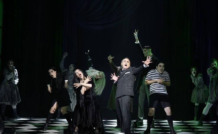 Fatídica noche con los Addams en el Teatro Romea