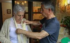 Las altas de los cuidadores no profesionales de dependientes se disparan al asumir el Estado su cotización