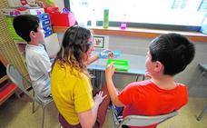 Institutos y colegios atenderán a 800 alumnos en aulas abiertas