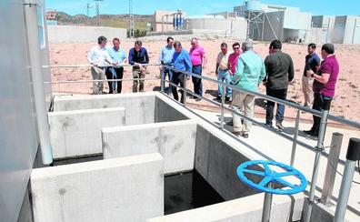 Los regantes de La Paca podrán usar 100.000 m3 al año de agua depurada