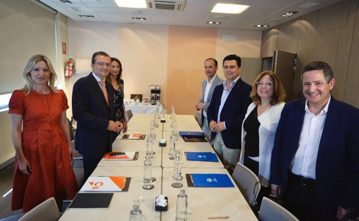 Partido Popular y Ciudadanos se reúnen para negociar un posible pacto de Gobierno