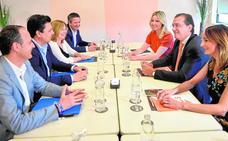 Cs exige al PP una renovación de la forma de hacer política para gobernar juntos