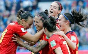 El VAR permite a España hacer historia