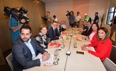 El PSOE intenta seducir a Cs con el Mar Menor y su renuncia a recuperar Sucesiones