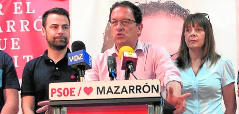 Gaspar Miras, sobre un pacto con Unión Independiente de Mazarrón: «¿Y quién no está imputado?»