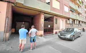 Los asaltos a garajes y la presencia de okupas desatan las quejas en Beniaján