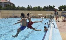 Cuándo abren las piscinas en Murcia: fechas, horario y precios