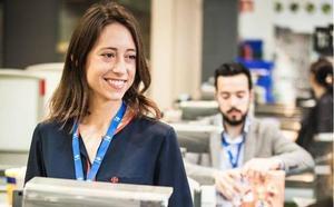 Carrefour anuncia que contratará a 400 personas en la Región de Murcia