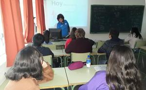 Más de 500 alumnos de la Región de Murcia reciben formación económica gracias al programa 'Finanzas para Jóvenes'