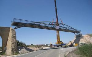 Una pasarela dará más seguridad a la Vía Verde del Campo de Cartagena