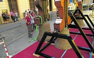 Las campanas de Santa María regresan tras ocho meses de restauración