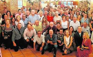 Empleados de Artemur se reúnen 18 años después del Gordo de Navidad