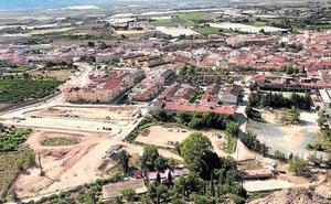 Los Dolores se revitalizará con el IES Valle de Leiva y el pabellón