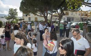 La presión de los padres obliga a Educación a reabrir la segunda aula del Fernando Garrido