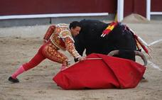 Rafaelillo se estrella con una mala corrida de Cuadri