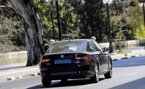 Google le declara la guerra a los taxis o VTC tramposos