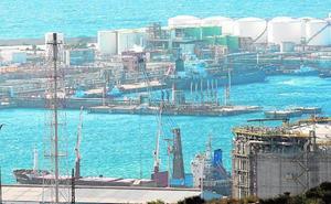 La llegada de más petróleo, fuel y grano dispara los tráficos portuarios un 5,5%