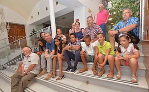 Más de 50 niños saharauis pasarán este verano con familias murcianas