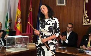 La popular Juana Martínez accede a la alcaldía de Fuente Álamo con apoyo de Ciudadanos, Vox y Cifa