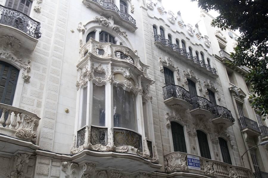 Roban unos tiradores modernistas de la Casa Maestre, en Cartagena