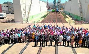 La presidenta de Navantia defiende ante los trabajadores la viabilidad del astillero