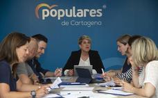 La Junta Directiva del PP respalda el gobierno de concentración pactado con PSOE y Ciudadanos