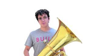 «En los colegios se da una mala orientación y poco valor a la música»
