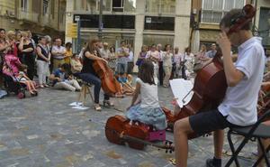 La ciudad celebra la Fiesta de la Música con decenas de actuaciones en calles y plazas