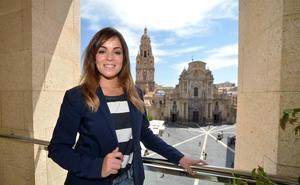 Rebeca Pérez: «El transporte público es una debilidad»